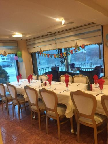 Ресторант - Вътре Непушачи